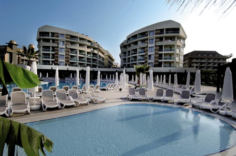 Amelia Beach Resort & Spa Pool