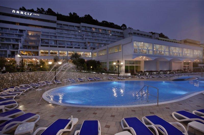 Maslinica Hotels & Resorts - Hotel Narcis Pool