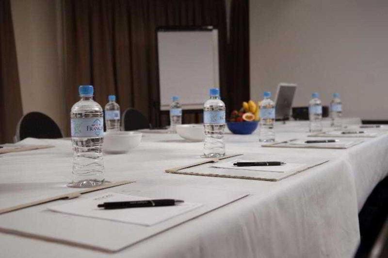 Rydges Esplanade Cairns Resort Konferenzraum