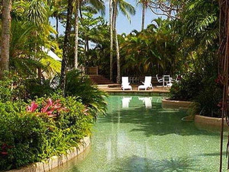 Rydges Esplanade Cairns Resort Pool