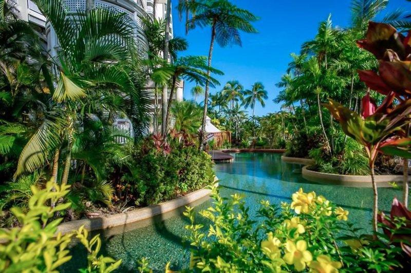 Rydges Esplanade Cairns Resort Garten