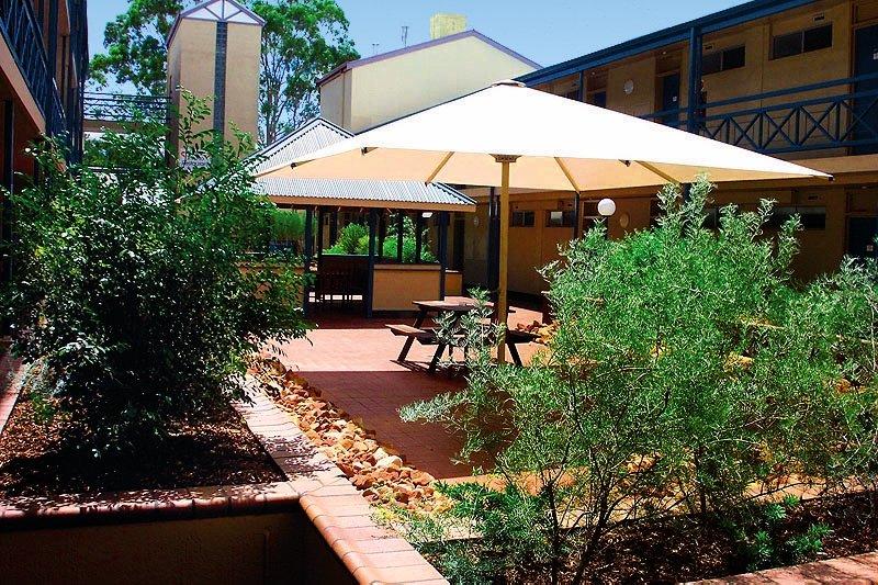 Aurora Alice Springs Garten