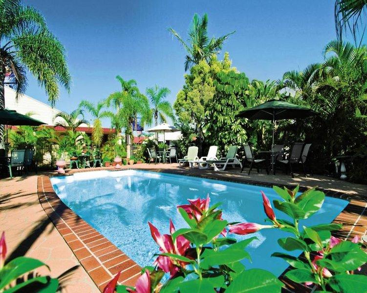 Comfort Inn on Main  Pool