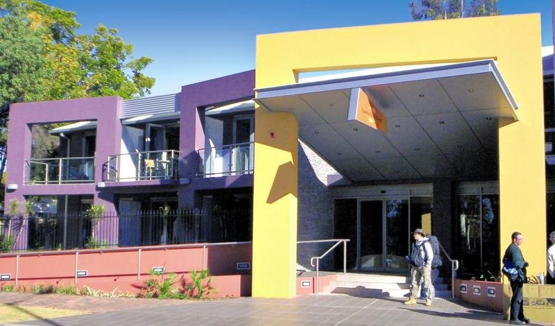 Aurora Alice Springs Außenaufnahme