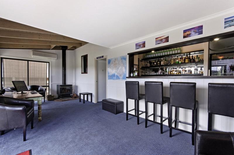 Best Western Great Ocean Road Motor Inn Bar