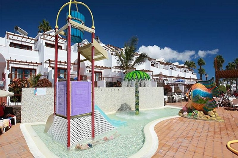 TUI FAMILY LIFE Flamingo Beach Pool