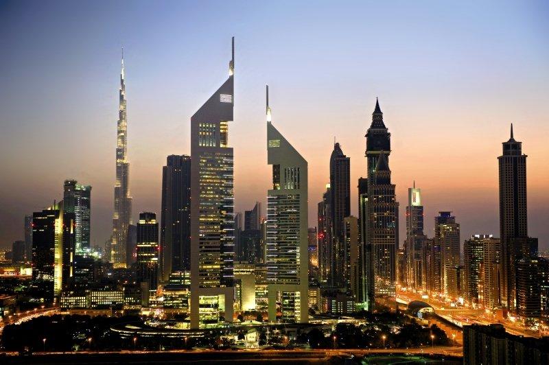 Jumeirah Emirates Towers Außenaufnahme