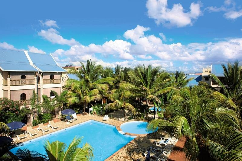 Le Palmiste Resort & Spa Pool