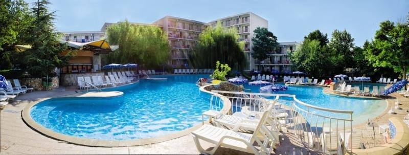 Vita Park Hotel & Villas Pool