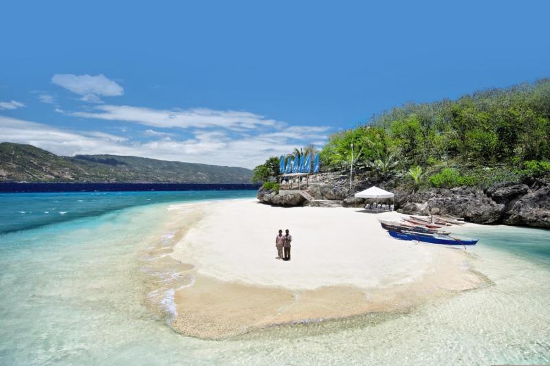 Bluewater Sumilon Beach Resort Strand