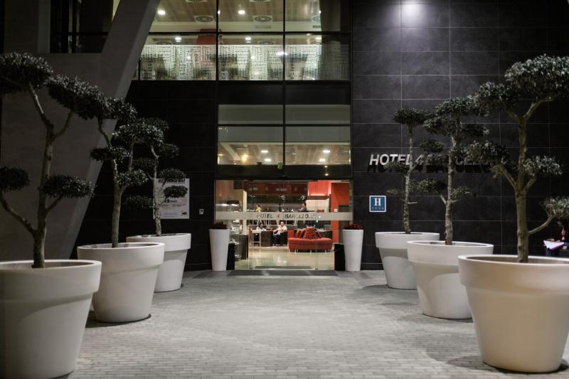 Hotel 4 Barcelona Bar