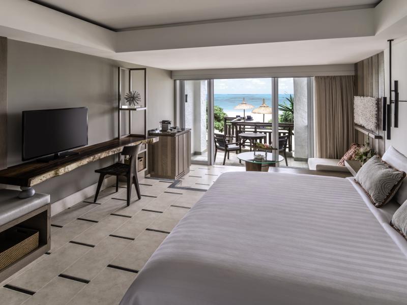 Shangri-La Le Touessrok Resort & Spa Hallenbad