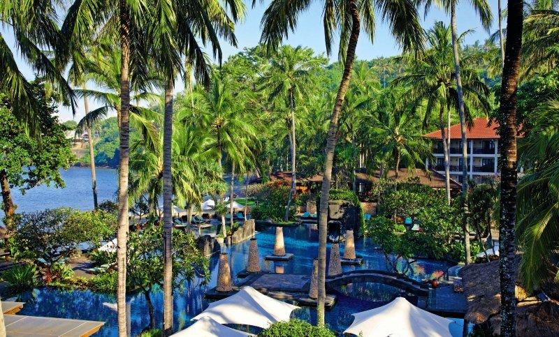 Sheraton Senggigi Beach Resort Außenaufnahme