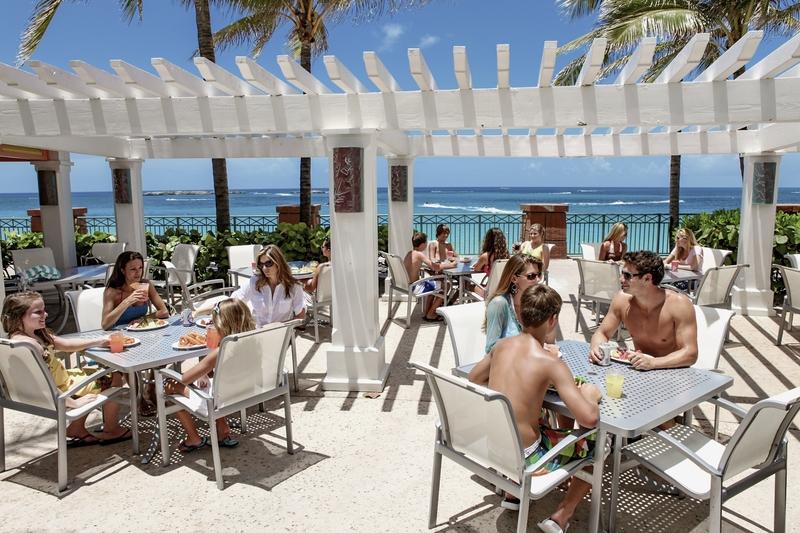 Atlantis Paradise Island - The Beach Terrasse