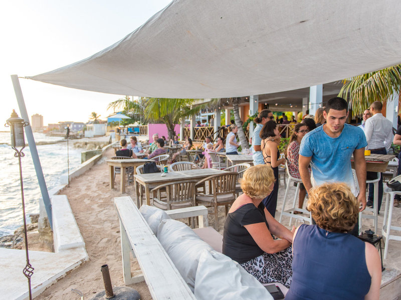 Scuba Lodge Boutique & Ocean Suites Hotel Restaurant