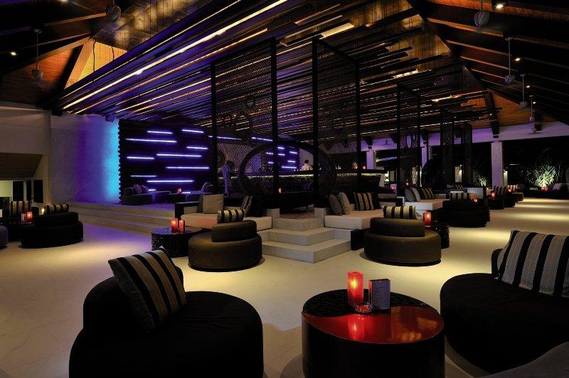 Velassaru Maldives Bar