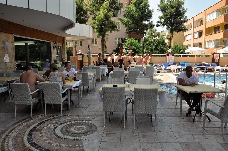 Tac Cleopatra Hotel & Spa Bar
