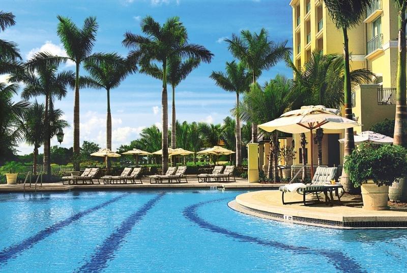 The Ritz Carlton Golf Resort Naples Pool