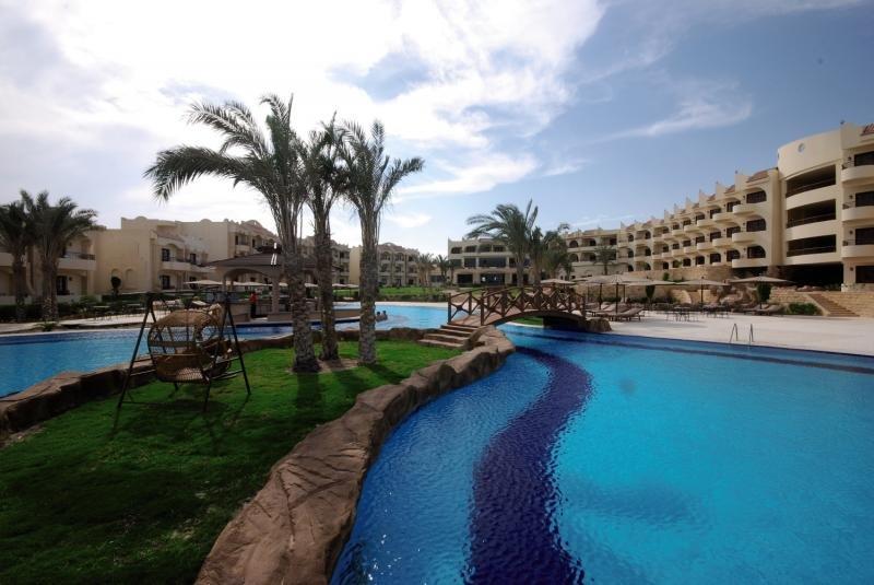 Coral Hills Resort Marsa Alam Pool