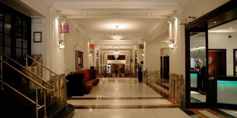 Crowne Plaza Brüssel City Center Le Palace Lounge/Empfang