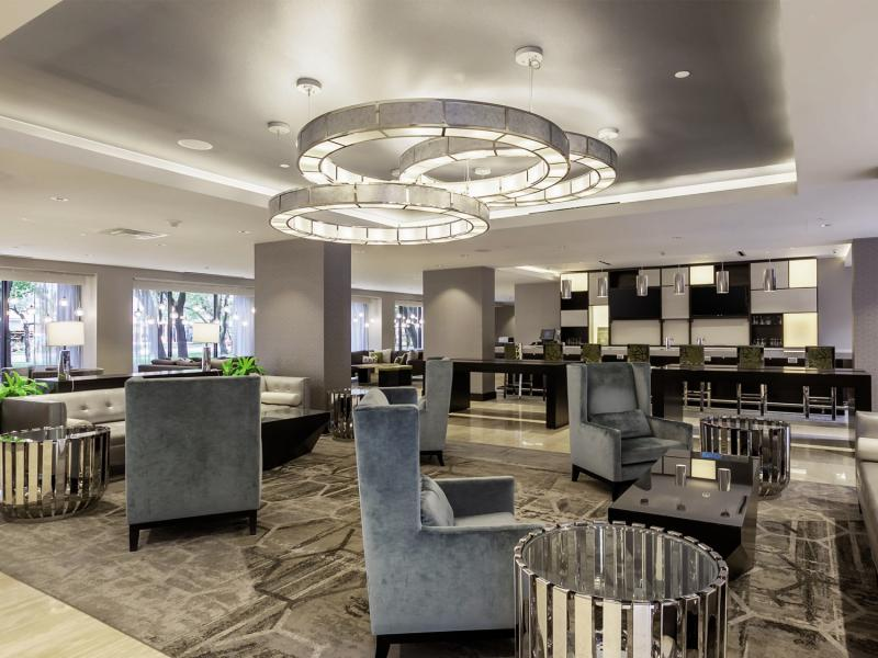 DoubleTree by Hilton Hotel & Suites Houston by the Galleria Bar