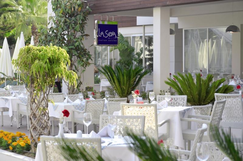 SunConnect Side Resort  Restaurant