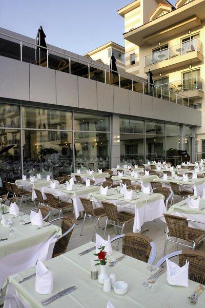 Golden Imperial Resort  Restaurant