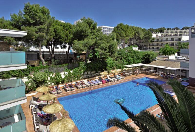 Alua Hawaii Mallorca & Suite Pool