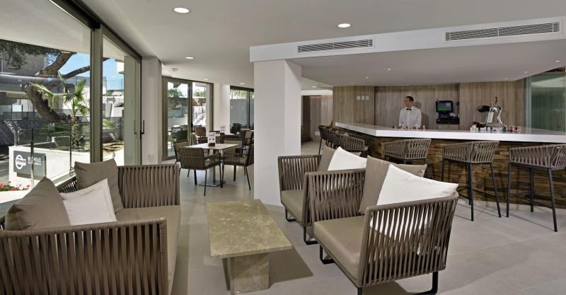 Alua Hawaii Mallorca & Suite Lounge/Empfang