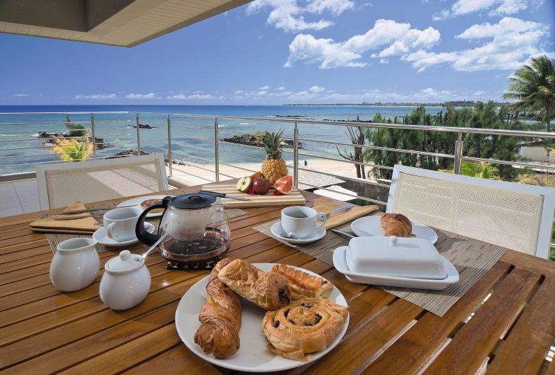 lov.Bon Azur Luxury Suites & Penthouses Terrasse