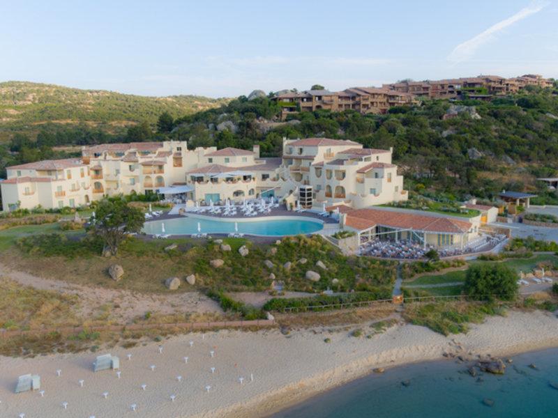 Urlaub im Hotel CalaCuncheddi - hier günstig online buchen
