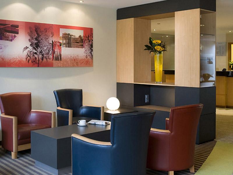 Mercure Saarbrücken Süd Lounge/Empfang