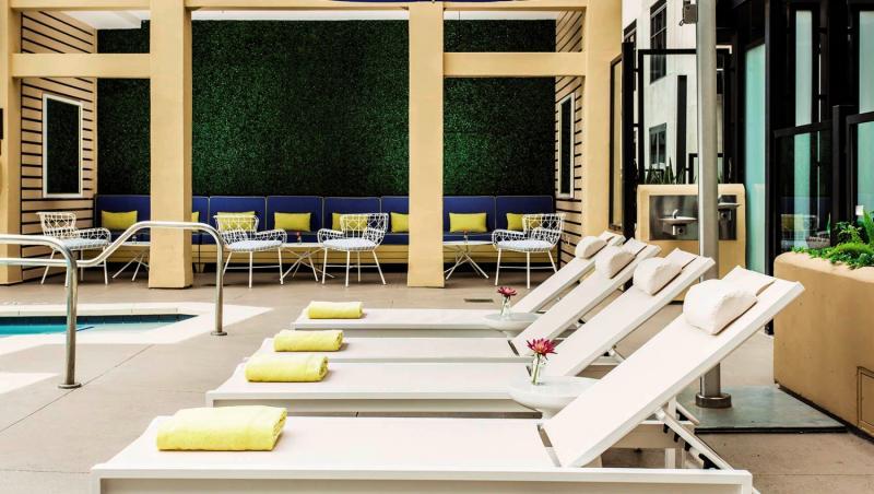 Solamar - A Kimpton Hotel Terrasse