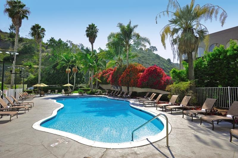 Sheraton Mission Valley Pool