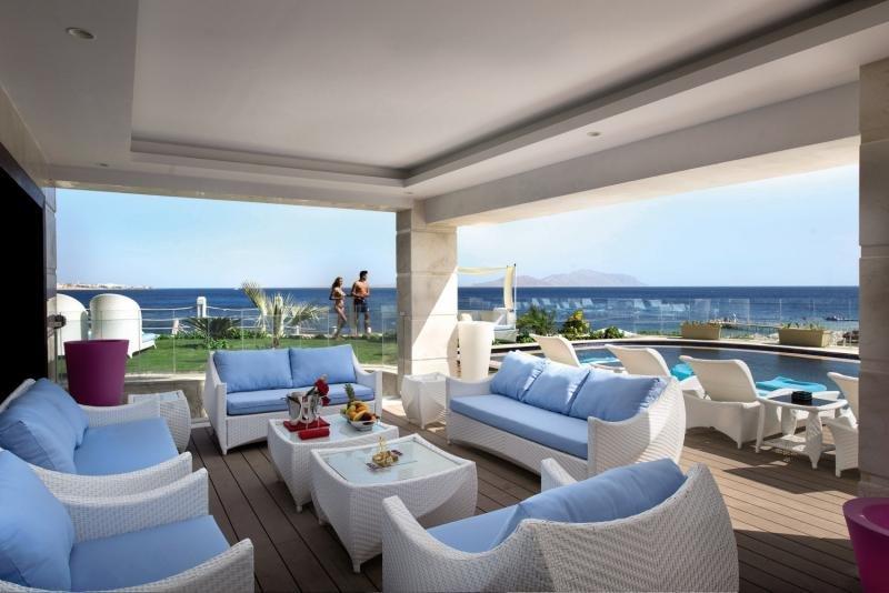 SUNRISE Grand Select Arabian Beach Resort Terrasse