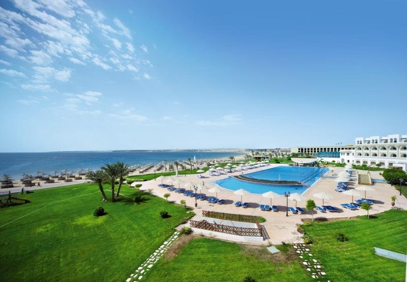 Old Palace Resort Sahl Hasheesh Pool