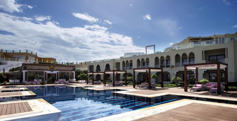 SUNRISE Grand Select Arabian Beach Resort Pool