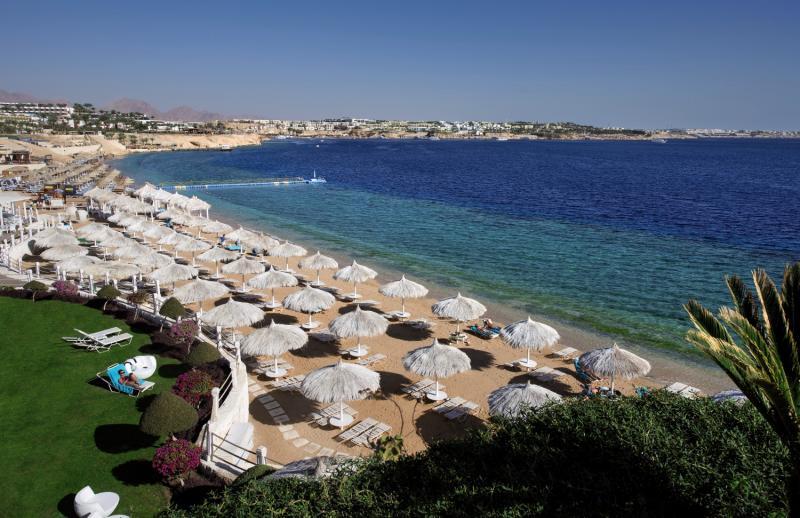 SUNRISE Grand Select Arabian Beach Resort Strand