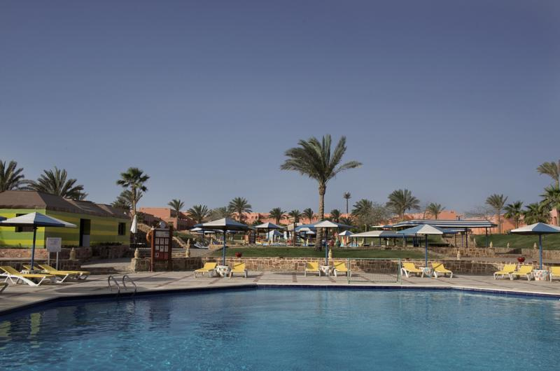 SuneoClub Reef Marsa Pool